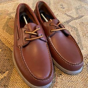 🆕 Sperry Topsider 2 Eye leather boat shoes.